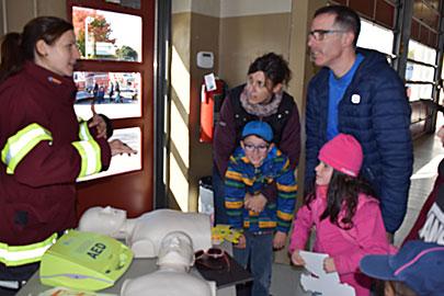 Kiosque d'information journée porte ouverte du service des incendies de Victoriaville