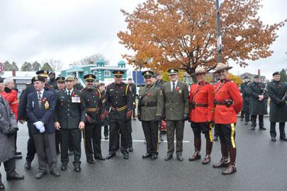 Parade et activités en l'honneur des anciens combattants